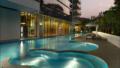 Reignwood Hamilton Scotts Swimming pool